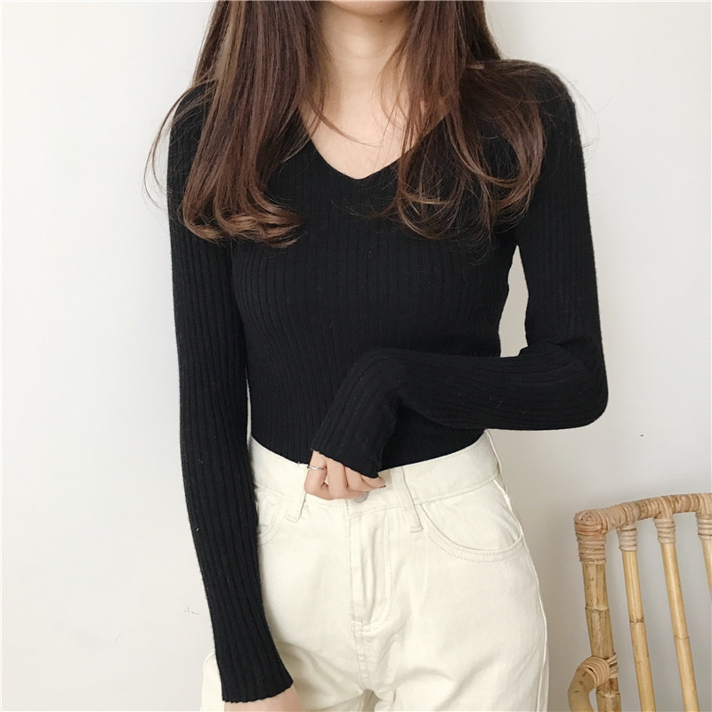 Women's Solid Color V-Neck Sweater
